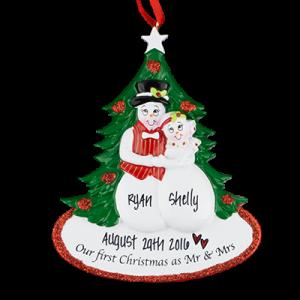 Snow Couple's 1st Christmas